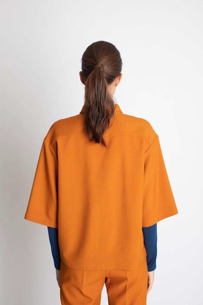 תמונה של חולצת SHILO כתומה