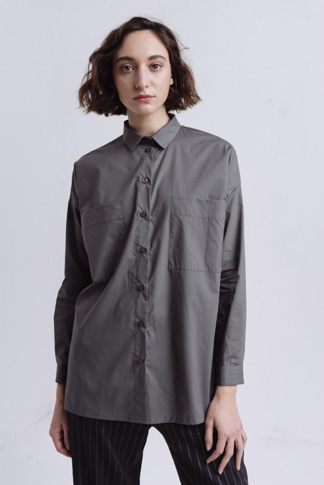 תמונה של חולצה משוואה אפורה