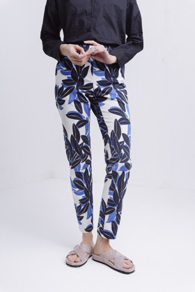 תמונה של FLOWER POWER PANTS