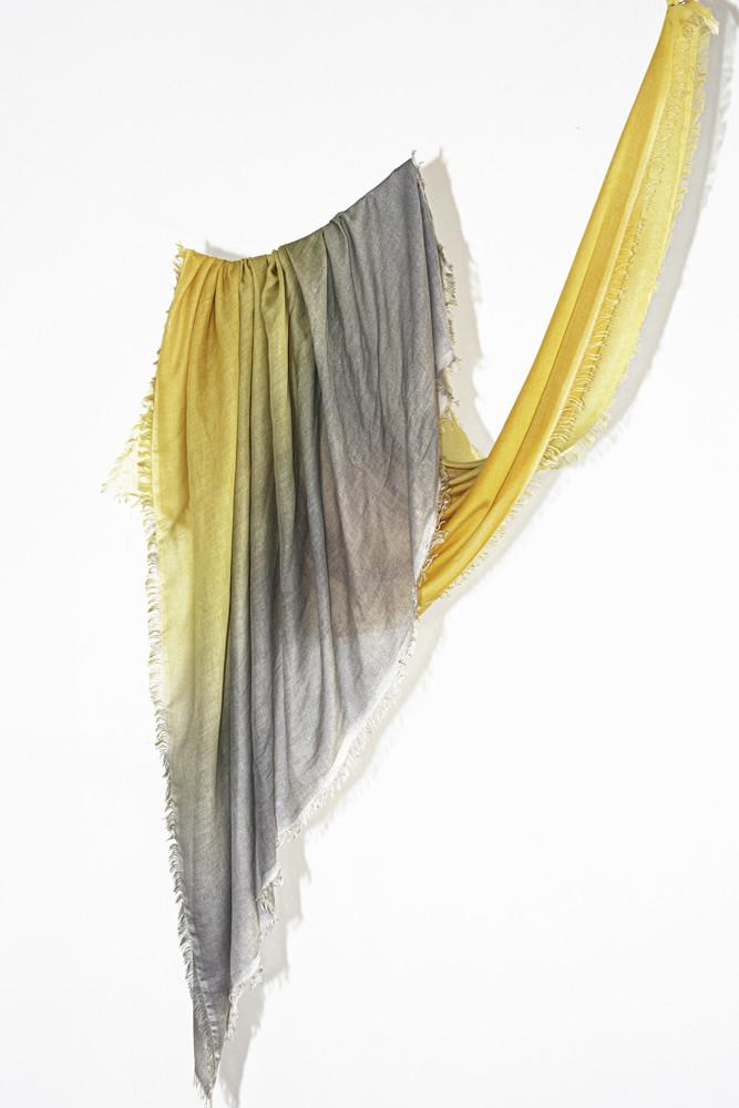 תמונה של צעיף LAIA צהוב