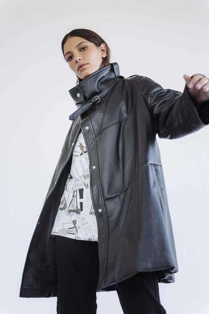 תמונה של מעיל שושי