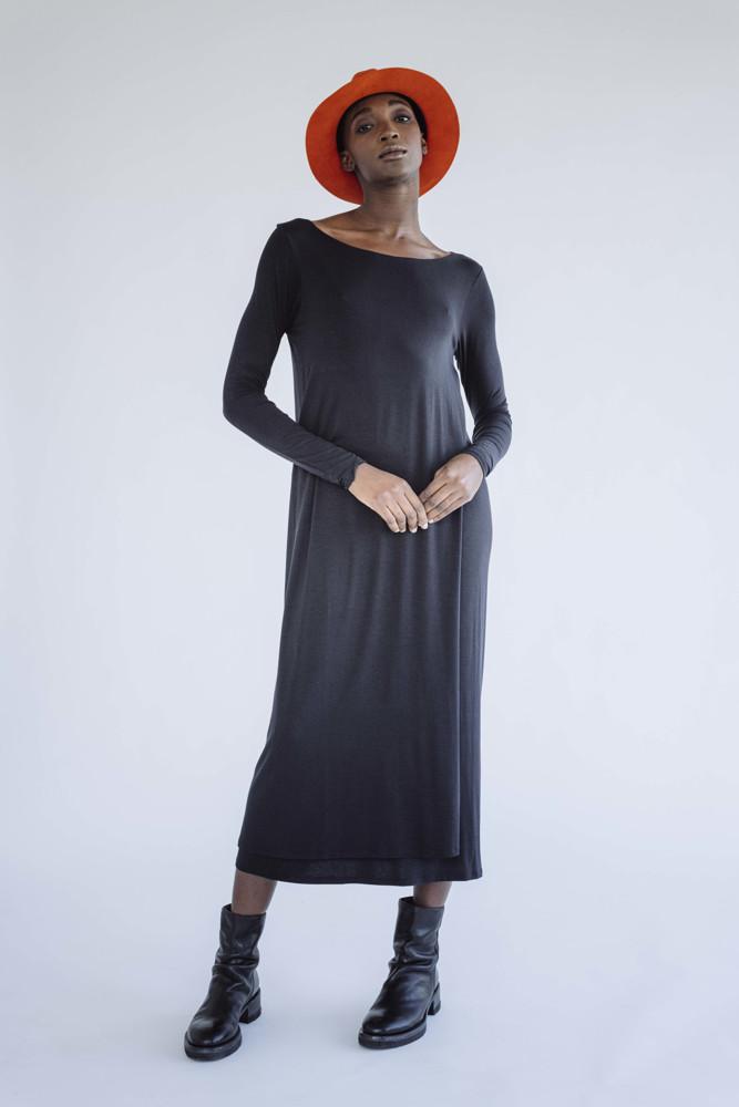 תמונה של שמלה עדיה