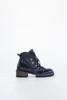תמונה של נעליים דלית