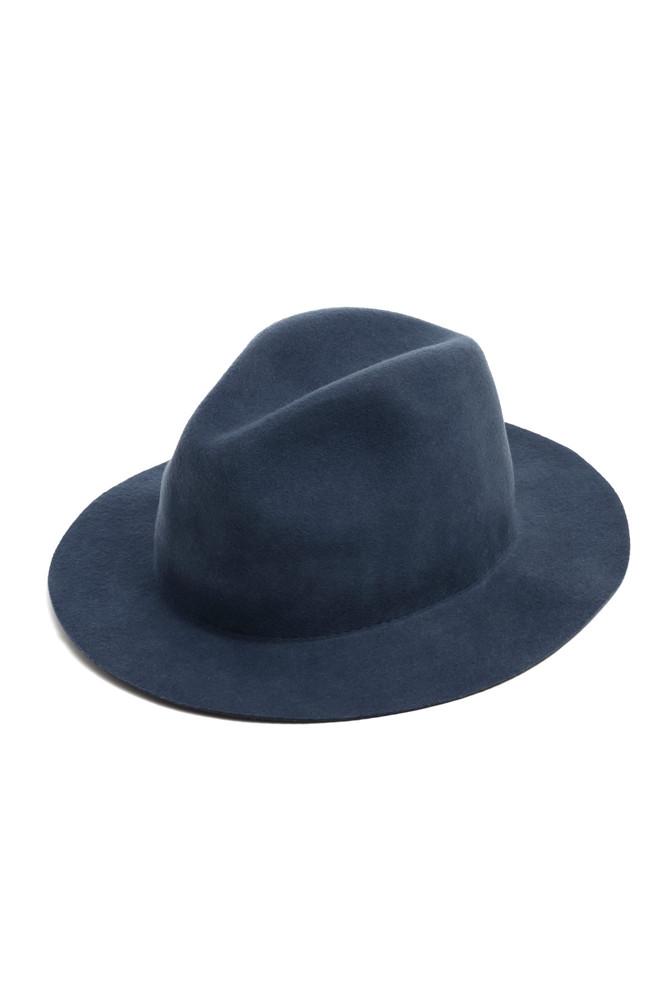 תמונה של כובע מגבעת כחול