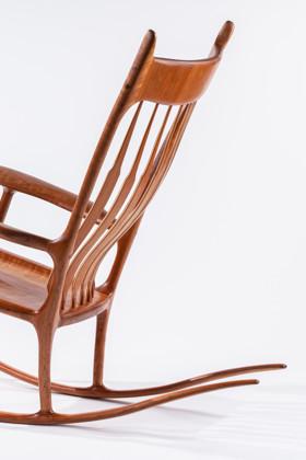 תמונה של כסא נדנדה
