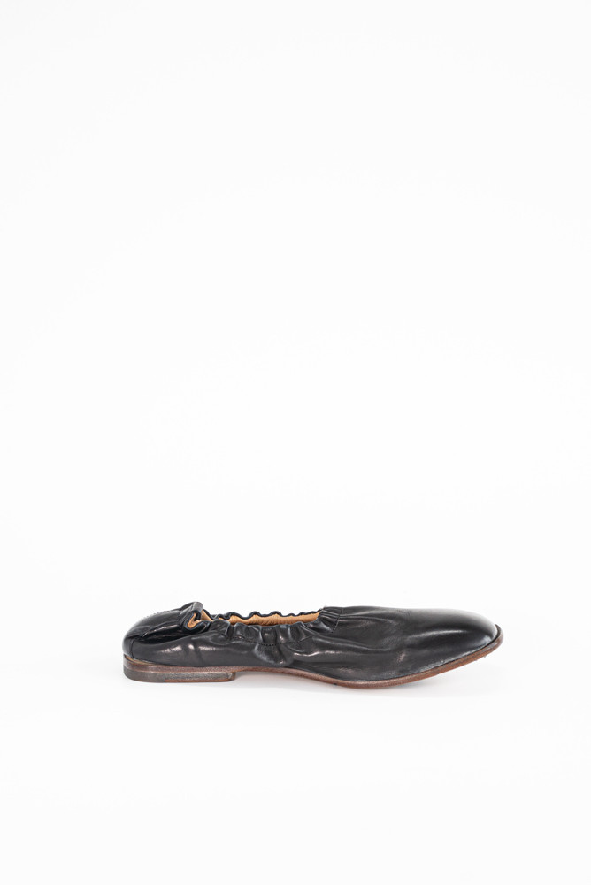 תמונה של Cardiologist Shoe