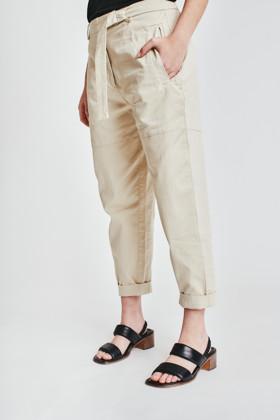 תמונה של מכנסיים אירית