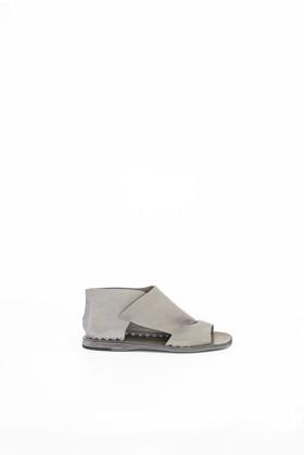 תמונה של נעליים ITACA צבע אפור