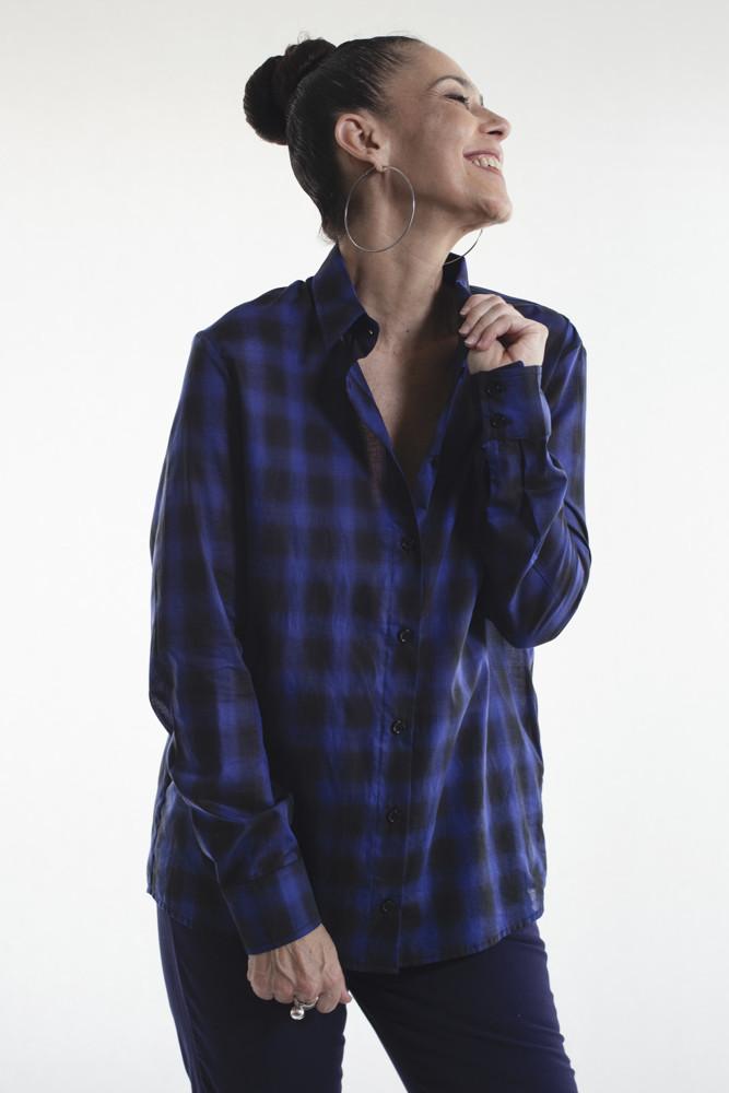 תמונה של חולצה סאלם