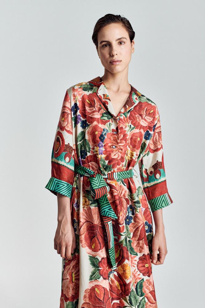 תמונה של שמלה דלית