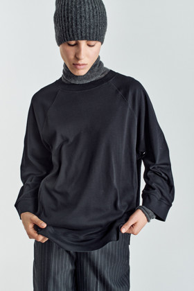 תמונה של חולצה Athlete 1 שחורה